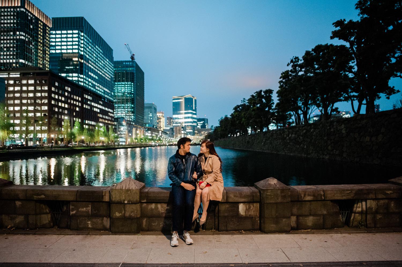 japan-tokyo-casual-engagement-pre-wedding-destination-spring-season-sakura-lifestyle-candid-theme-cityscapes