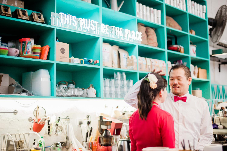 Kuala-lumpur-pre-wedding-engagement-lifestyle-garden-themed-cafe-kebaya-merchant-lane