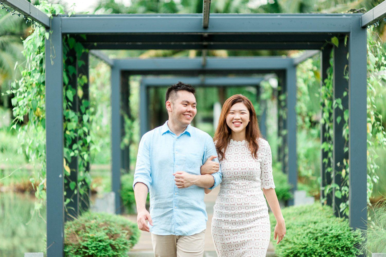 lifestyle-casual-engagement-pre-wedding-kuala-lumpur-rimbayu-gardens